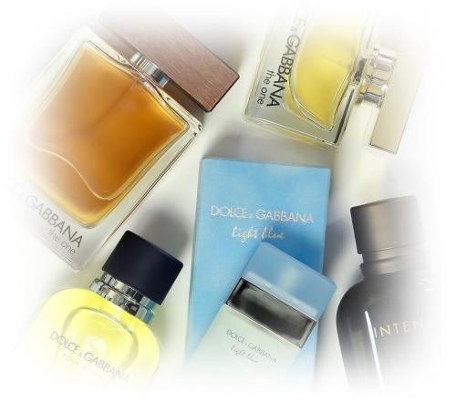 外国ではワキガの臭いに対するケアが習慣化しているので、デオドラントや香水などの商品が豊富に販売されている