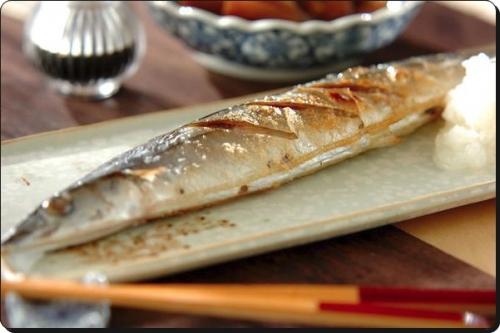 秋の魚料理ではサンマの塩焼きが大定番